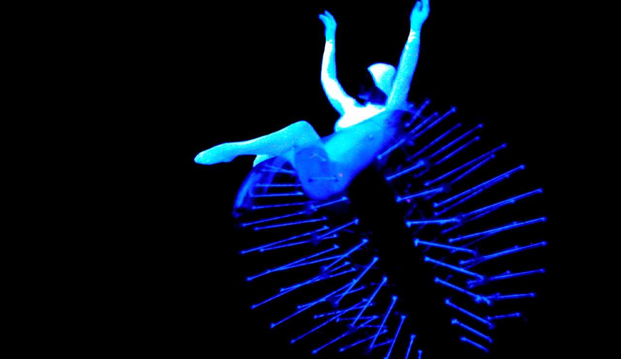 Night Garden con eVolution dance theatre di Anthony Heinl